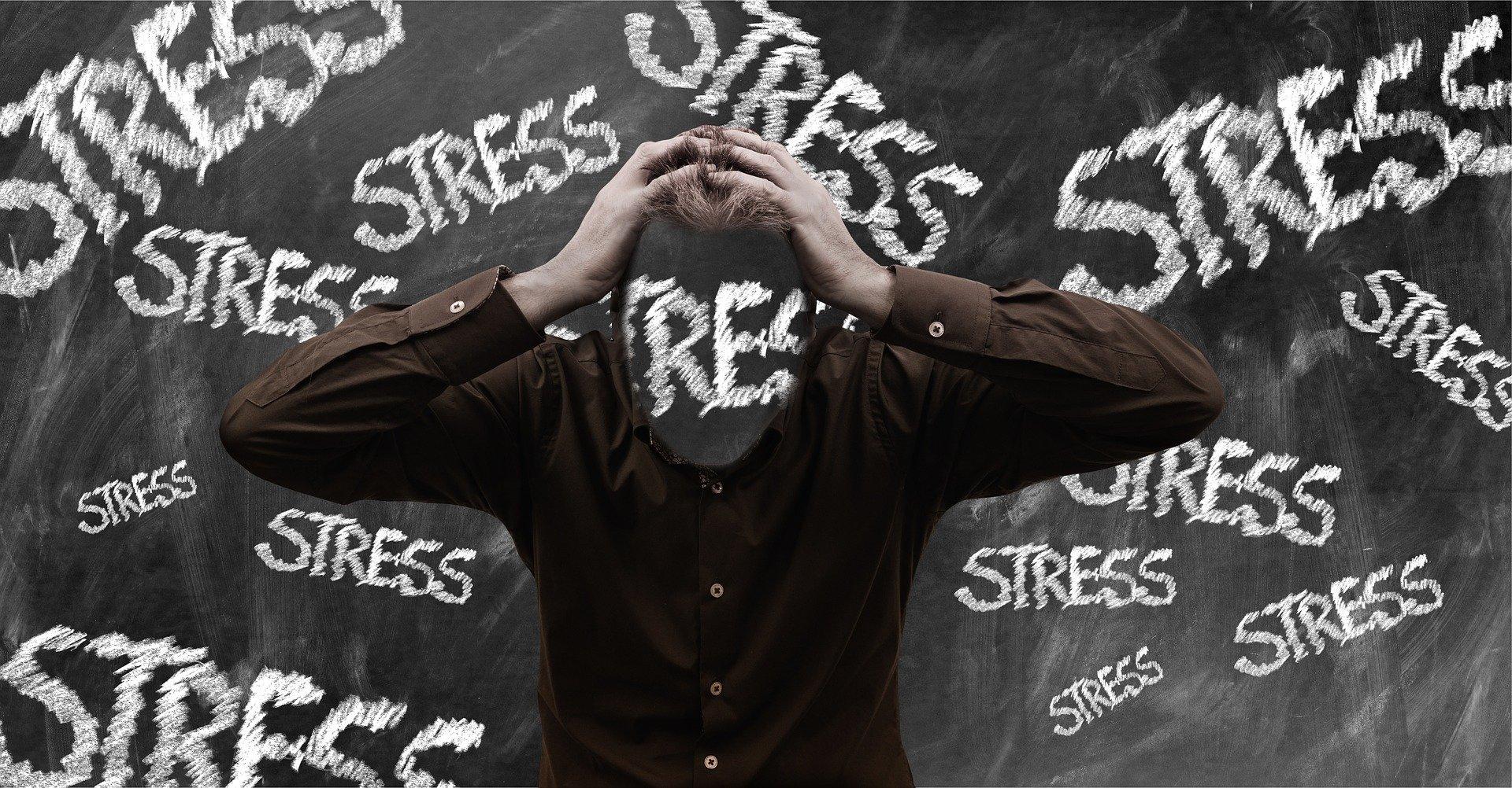 ランニングはストレス解消にも効果的??ストレス解消につながるメカニズムとは?